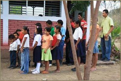 Classe unique à l'école de Monte Grande